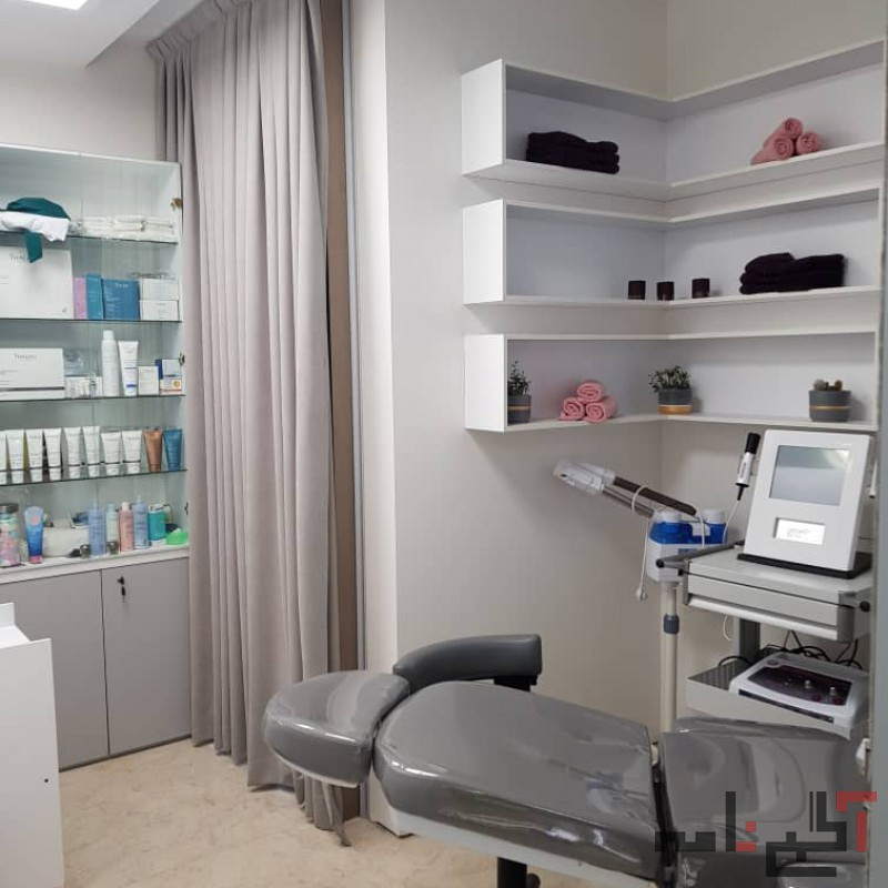 آموزش صفر تا صد تخصصی پوست (تضمینی)