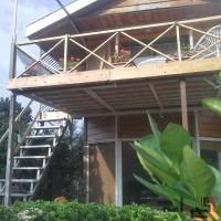 فروش ویلا چوبی استخردار بهمراه کلبه نزدیک جنگل و دریا